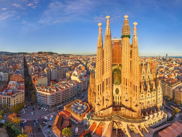 Barcelona, Spain: June 6 - 12, 2016